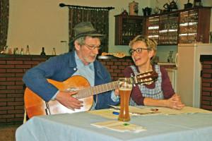 Willhelm Schmolke und Doris Luther unterhielten die Mitglieder mit Gesang und Sketchen